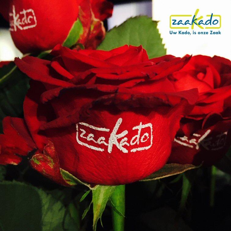 Bloemen relatiegeschenk logo bedrukken giveaway rozen opendag, sportvereniging voetbal tennis beurs beurzen ZaaKado Rotterdam