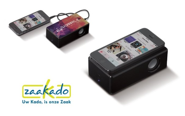 Smartphone speaker Zaakado