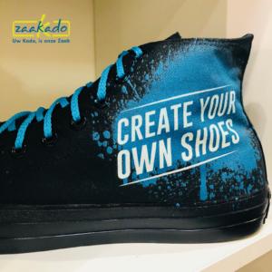 beurs kleding schoenen bedrukt Fc sneakers all stars gympen sneakers full colour all over bedrukking logo Zaakadotip relatiegeschenken zaakado giveaway inspiratie rot