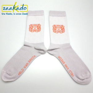 relatiegeschenken ZaaKado Rotterdam sokken detail print sokkentrend logo katoen draagcomfort hip ontwerp kleuren wit grijs oranje designs label werk sport casual bedrijven