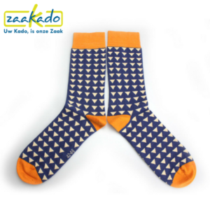 relatiegeschenken ZaaKado Rotterdam sokken print sokkentrend ontwerp kleuren oranje blauw werk sport casual verpakking bedrijven zakelijke relaties bouwbedrijven
