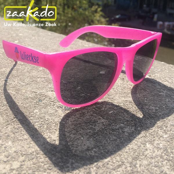 zonnebril wieckse witte terras witbier bier gezellig zon verkleuren uv straling origineel cadeau geschenk relaties werknemers gadget zonnebrillen